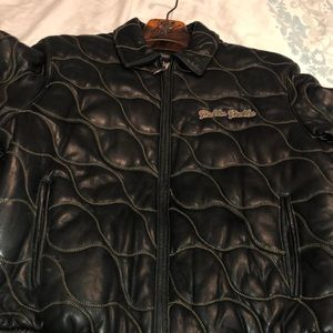 Women's leather Peacock Pelle Pelle jacket.